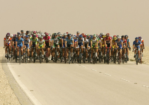 The peloton is seen during the first stage of the Tour of Qatar cycling race between al-Khor Corniche and Doha Hyatt Plaza on 31 January 2005 in Doha, Qatar. Belgian Tom Boonen won the stage. (January 31, 2005 - Source: Pascal Le Segretain/Getty Images Europe) (via Alexandre Usov Pictures - Tour of Qatar 2005 - Zimbio)