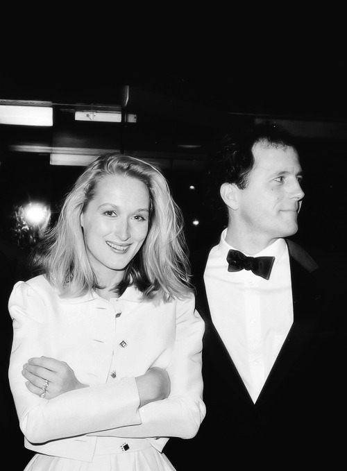humildade-reina-aqui:  Meryl and Don.