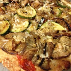 Dinner: [gluten free] roasted veggie pizza.