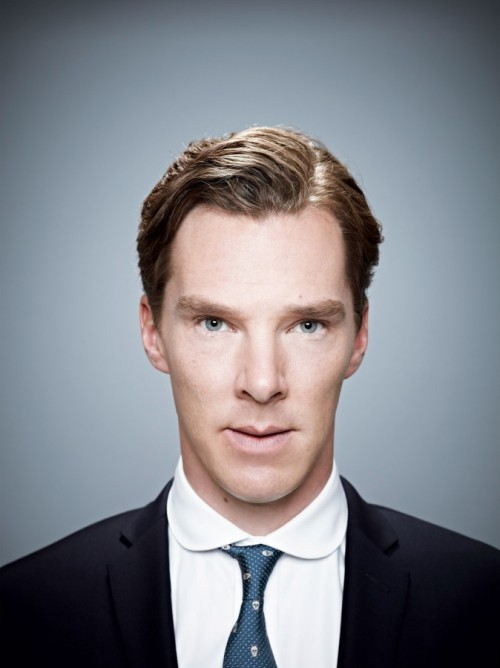 cumberbuddy:  karin-woywod:  Hi-Res! [larger than at the source] 2013 ' Star Trek Into Darkness ' Promotion Portraits by Brian Bowen Smith [2500 x 3337 pixels] Link  What a big boy…..