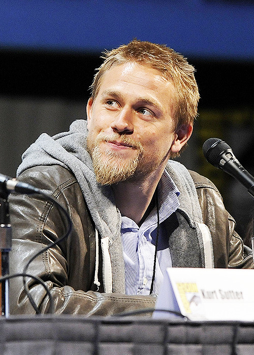 3/100 photos of Charlie Hunnam
