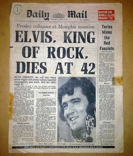 sharabh24:  Elvis Presley dies at 42 on August 16, 1977