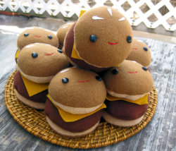 burger plush toys by steff bomb