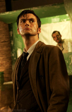 19/a whole lot of tenth doctor pics  OMG he's so moist! I can't handle it.