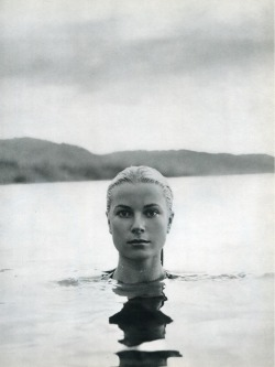 Grace Kelly. Portrait by Howell Conant. Jamaica, 1955.