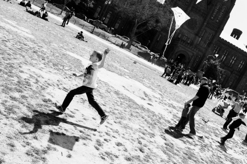 one more kite shot. also from yesterday's kite festival on the Mall.