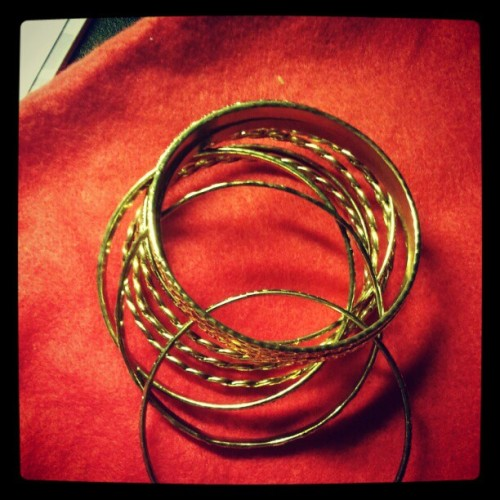 Multiplied gold bangles!! #accessories #jewelry