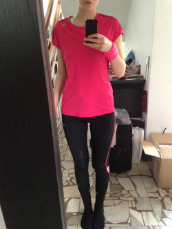sweet-fit:  Ready for a run woop woop