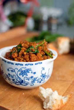 yummyinmytumbly:  Red Lentil Curry with Spinach