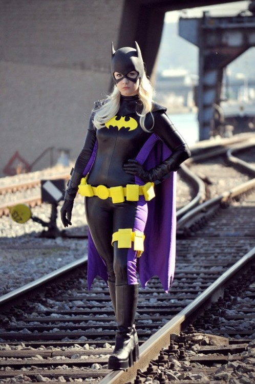 anothercutenerdblog:  Batgirl/Stephanie Brown, cosplayed by Aigue-Marine  And all of a sudden - Batgirl! Who keeps posting these pictures? They're 2 years old!