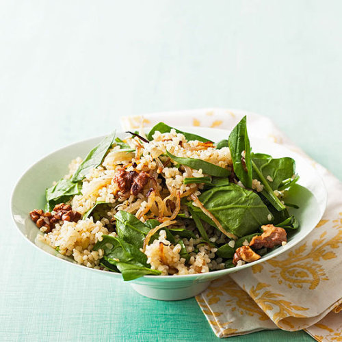 Combine bulgar, spinach, onion and walnuts for a yummy and healthy side dish. Daily Bite: Spinach Tabbouleh
