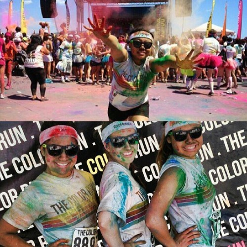Color run with my girls :') #tadbitsunburned #worthit #lovethem @heidielise_ @midgeholland