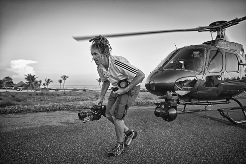 BTS of IZOD shoot photographe of the DOP  leaving the Heli after a long set