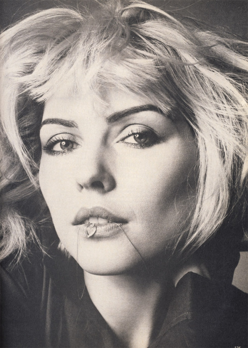 "80s-90s-supermodels:  ""People Talking About Deborah Harry"", Vogue US, July 1980Photographer : Richard AvedonModel : Debbie Harry"