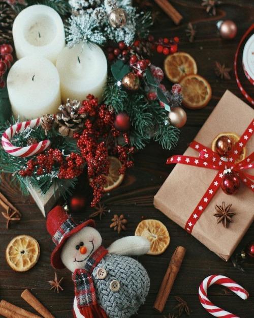 christmas winter xmas candy cane snowman holidays december december 25th cinnamoroll