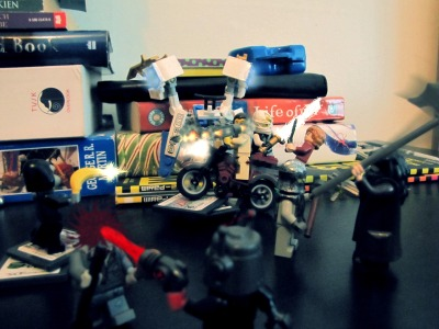 An epic Lego battle that I added awesome effects to :D I especially like the rocket launcher effect I did :) -The Sky Sketcher