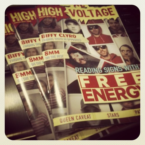 2/28 - Fresh copies of @highvoltagemag. Design & Layout by yours truly. Get yours at http://ow.ly/i97F0 @dharma69 @uncoolrockstar @shadeofcat (at Sunset Bronson Studios)