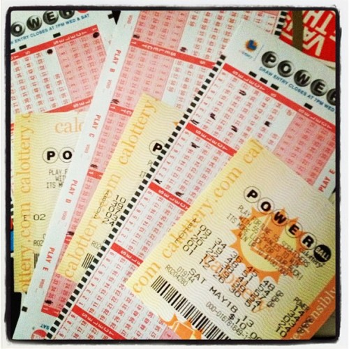 heylookitspanda:  Might as well, right? #powerball #worthashot
