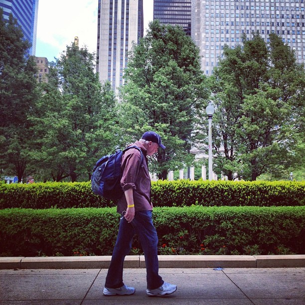 Walking Man. #chicago #chigram #streetphotography #people
