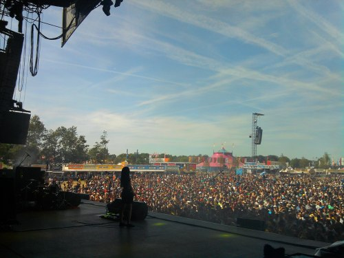 bloodredelephants:  Blood Red Shoes@ Pukkelpop 2012