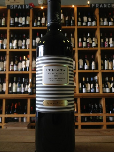 dandelionwineshop:  NEW MALBEC ALERT!!! Perlita Malbec-Syrah blend from the Uco Valley in Mendoza, $13 This killer blend is made in New World Argentina by old-school winemakers from Bordeaux… we love the dark fruit and hint of spice on the finish.  You firing up the grill this week? Give this new guy a try!  Steak sandwich pairing anyone?