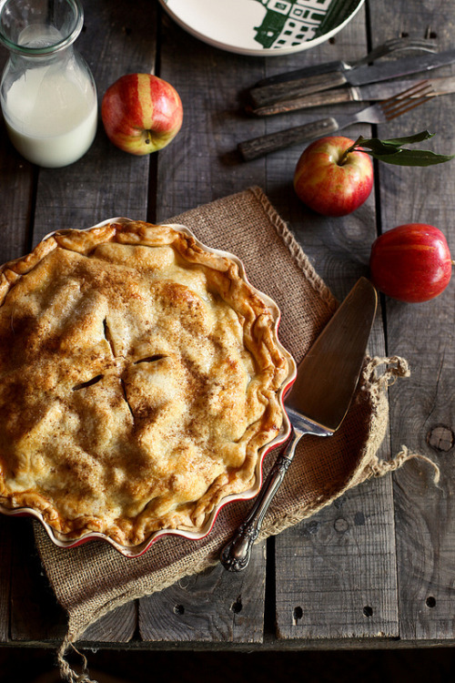 baked-from-scratch:   Cider Caramel Apple Pie