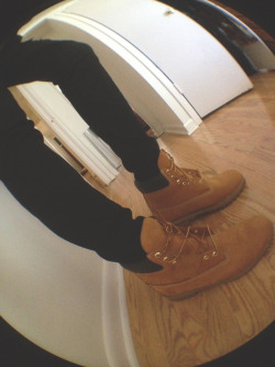 ohyeselifresh:  Timbs… The way to go.