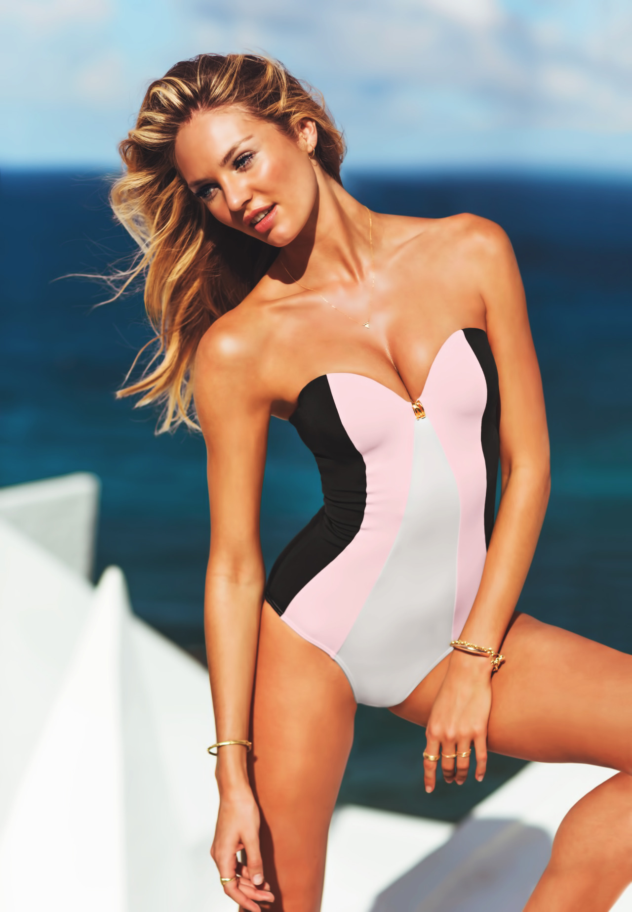deluusion:  i was just online looking at this bathing suit and i want it but it's like $100 *cries*