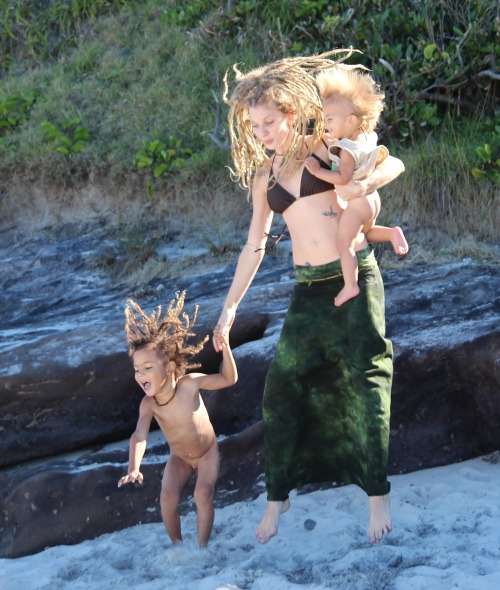 wyldeskye:  Our hair cracks me up! Another beautiful day at the beach… we live in paradise, how blessed I feel ♥
