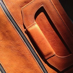 Close up of our Square1 Holdall / Shore #hardgraft #holdontothegood