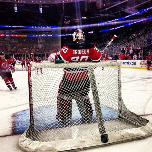 Martin Brodeur. @NHLDevils #hockey #devssens #twitter #birthdaysurprise (at Prudential Center)