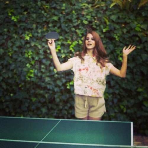 Americas next table tennis star #lanadelrey 😄💕 #chateau#marmont#tabletennis#cutie