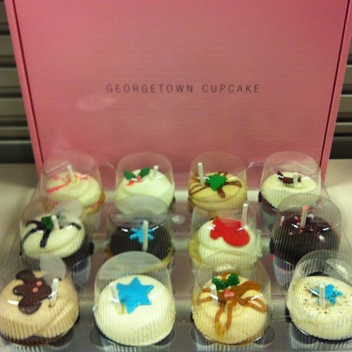 'Tis the season for corporate goodies. Georgetown Cupcakes all the way from Virginia.  (at Herbalife (HP1))