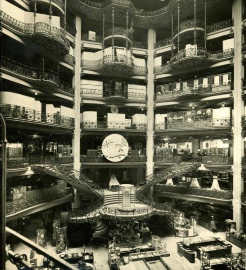 1920 - Inside Printemps Department Store, Paris