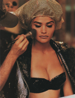 The Alaia report -Elle USA 1990 Ph: Gilles Bensimon Model : Helena Christensen