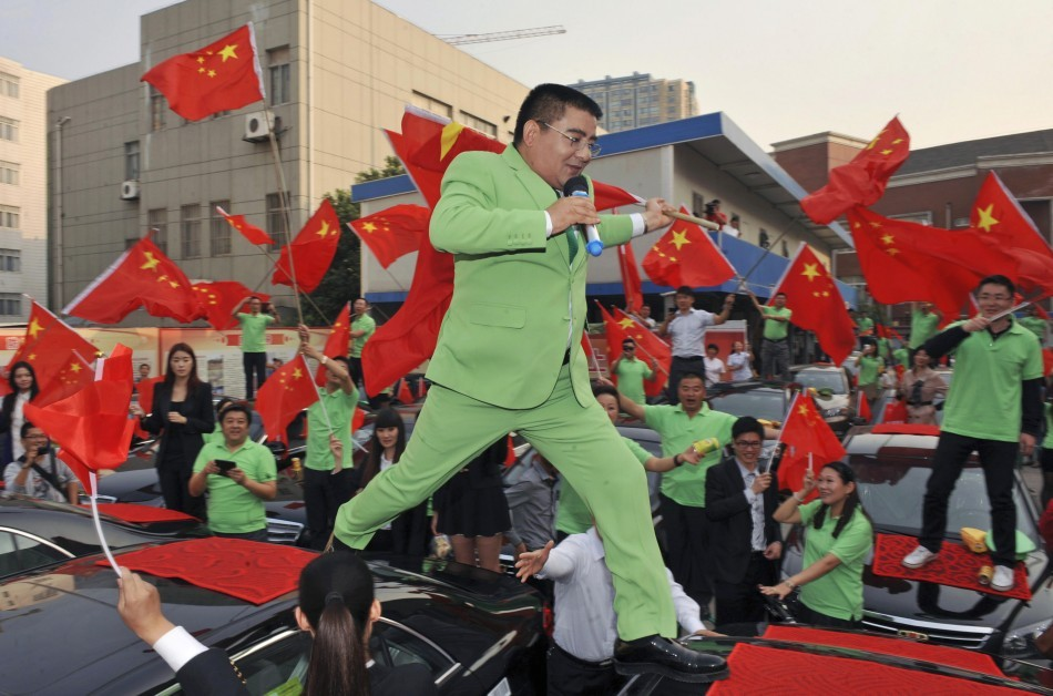 China's Deadly Smog: Millionaire Chen Guangbiao Sells Cans of Fresh Air. http://www.ibtimes.co.uk/articles/429444/20130130/chinese-millionaire-sells-cans-fresh-air-pollution.htm