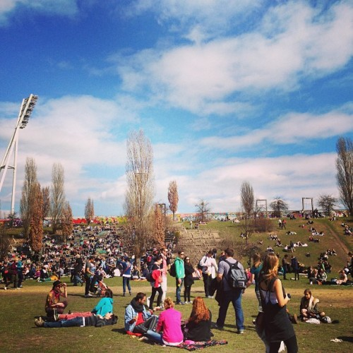 Sunday chilling at MauerPark