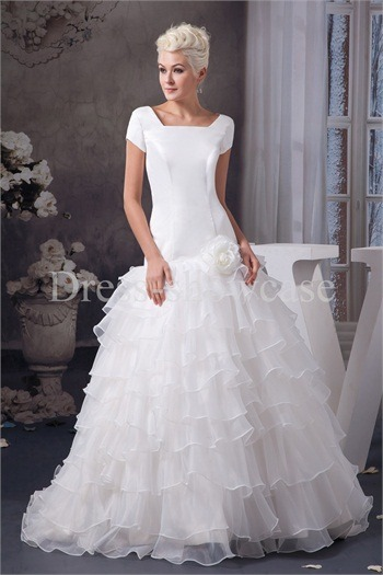 Plus Sizes Brush/ Sweep Train Satin Zipper-back Wedding Dresshttp://www.Dress-ShowCase.com/Plus-Sizes-Brush-Sweep-Train-Satin-Zipper-back-Wedding-Dress-p20981.…View Post