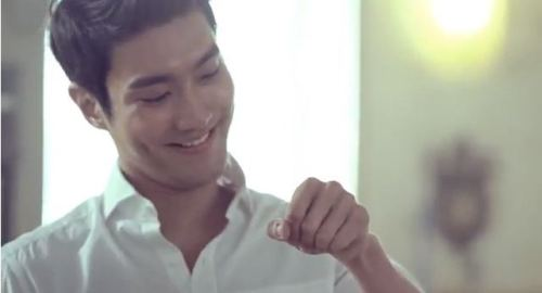 "Siwon Teaches Us History In ""Mamonde Repair"" CFs  Hippocrates, classical ballroom dances, and Choi Siwon. It's dimple overload as Super Junior's…  View Post"