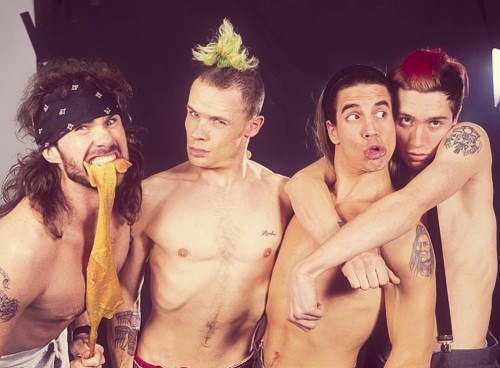 daniel-pauljohns:  sir—psycho-sexy:  Chad Smith, Flea, Anthony Kiedis & John Frusciante