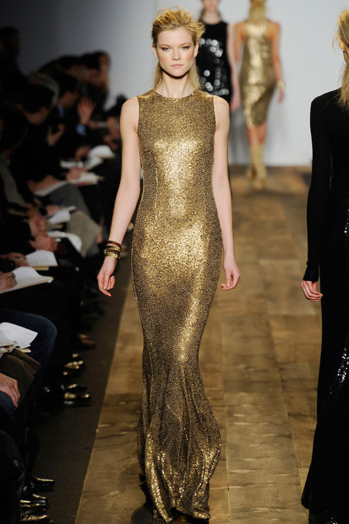 floraspice:  Kasia Struss at Michael Kors Fall/Winter 2010 |NYFW