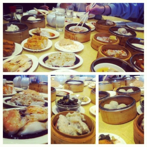 Been craving for dim sum… @sole_serious @catheenewyen @dooweetran @errahjeanne #rickyfu #dimsum #chinapearl #fatfcks #foodcoma