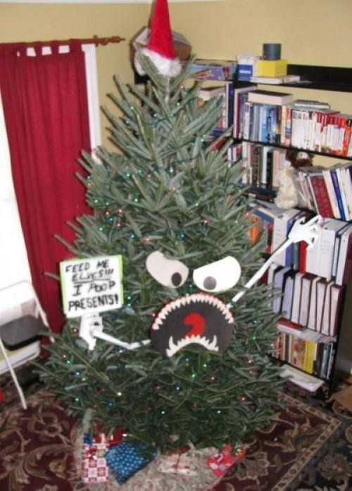 "Feed Angry Christmas Tree Elves ""It's the ciiiiiiiiircle of liiiiiiiiiiife…"""