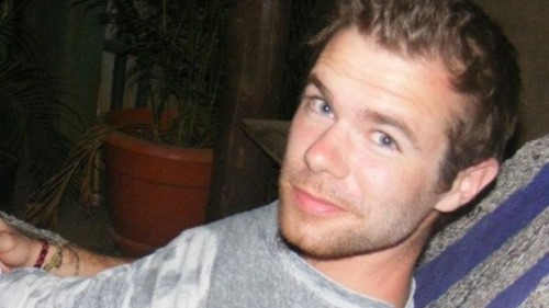 Meet Scott Jones. On Saturday, October 12th, he was viciously attacked for being gay. His 19 y.o. attacker stabbed him in the back multiple times, severing his spinal cord and leaving him paralyzed from the waist down. Yes, this beautiful boy is now a paraplegic. If you're as incensed by this story as I am, speak out against this senseless violence. And please visit this website; his family is trying to collect money to help Scott through his rehabilitation process.