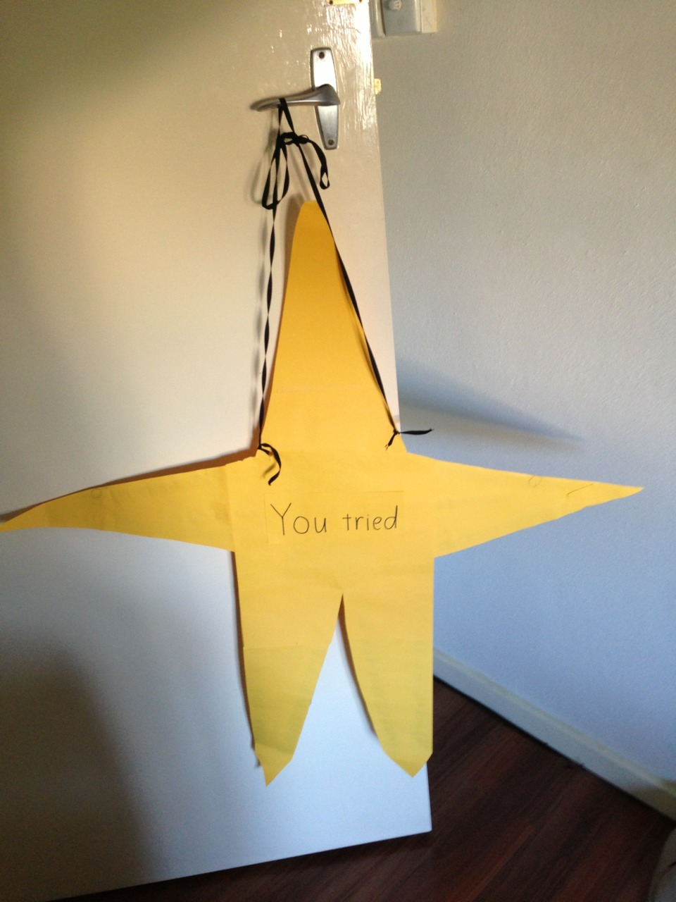 "lolsfunny:  laughcentre:  I TRIED TO MAKE A YELLOW STAR FOR ATHELTICS DAY TOMORROW AND OH MY GOD IT LOOKS SO WEIRD  ""You tried"" as in you tried making a star"