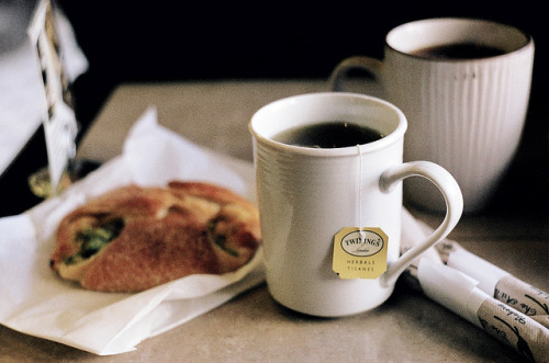 closings:  pane fresco cafe by Elena Kovyrzina on Flickr.