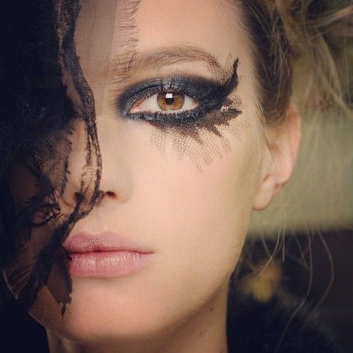 life-ispeachy:  Sigrid Agren Backstage at Chanel Haute Couture S/S 2013  Great photo…