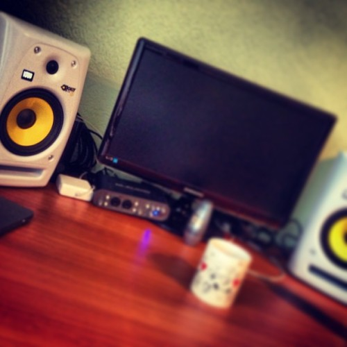 new #studio #monitors! 🔊 :)