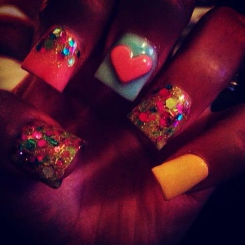 #bright #nailart #nails #annailco 💎
