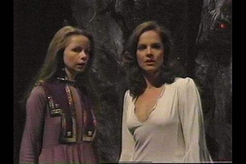 Princess Astra played by Lalla Ward (who later played Romana II) with the 1st Romana played by Mary Tamm. Double Romanas! Astra of Atrios - Key to Time on Doctor Who